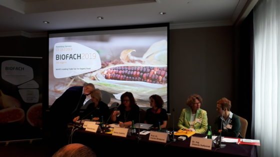 Duitse voedingsprofessor: 'Biologische voeding gezonder dan reguliere voeding' (video)