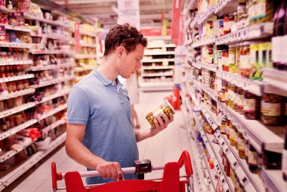 Consumentenbond: consument hekelt 'kletsplaatjes en- praatjes' op verpakking voedingsmiddelen