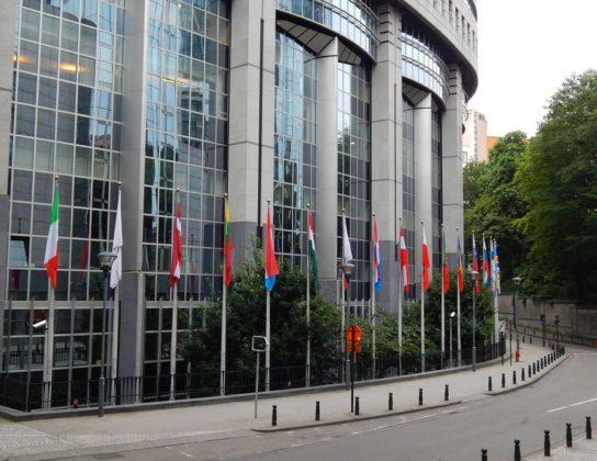 Europees Parlement wil ban op wegwerpplastic