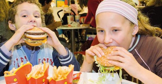 Wat je ziet is wat je eet: hoe de hersenen van kinderen reageren op het zien van eten *