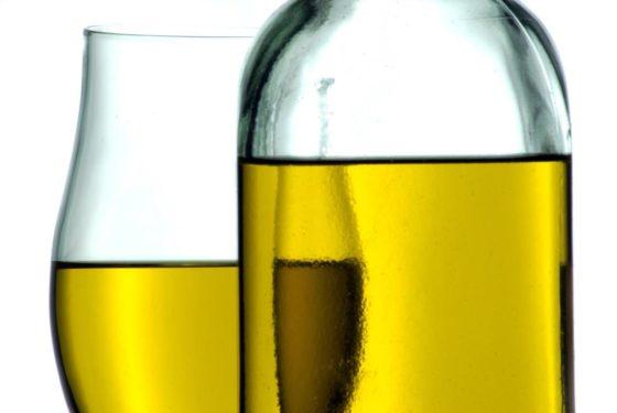 Camelina-olie verbetert cholesterolniveau in het bloed