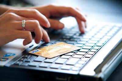18 procent van de Nederlanders doet online boodschappen