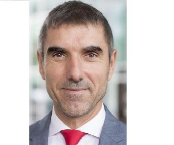 Staatssecretaris Paul Blokhuis hekelt voedselkeuzelogo Coca-Cola