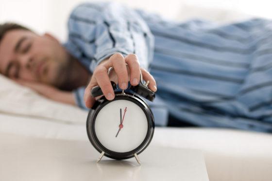 Slaapverlenging leidt tot verlaagde inname van suikers, koolhydraten en vet