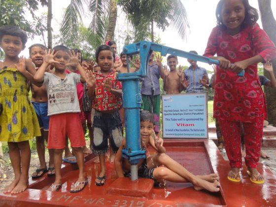 Productnieuws: VITAM bouwt waterput in Bangladesh