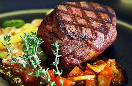 'Gourmetvlees niet duurzaam en niet diervriendelijk'