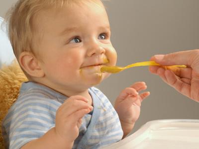 Proefdieronderzoek: gebalanceerd dieet lijkt pasgeboren baby's te beschermen tegen voedselallergie