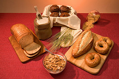 Bakkerijbranche wil met zoutreductie positie brood bewaken