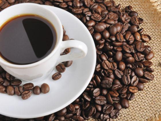 EFSA: 'Meer dan vijf kopjes koffie per dag is schadelijk'