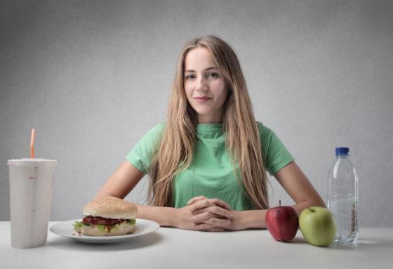 Weinig fruit en veel fastfood verlagen vruchtbaarheid