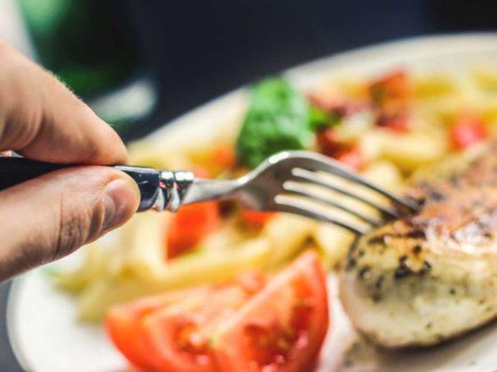 RIVM: 'Kleine verschillen in eetgewoonten bevolkingsgroepen'