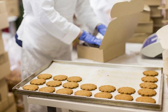 Helft EU-consumenten vindt dat industrie verantwoordelijk is voor gezonde voedingspatronen