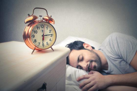 Verstoord dag- en nachtritme zorgt voor lagere insulinegevoeligheid