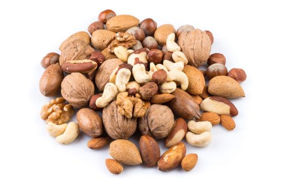 Grotere overlevingskans bij dikkedarmkanker door het eten van noten