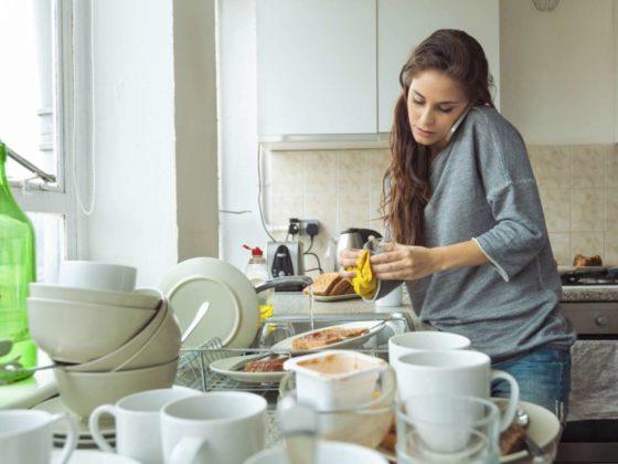 Stressvol in een rommelige keuken kan leiden tot méér snacken