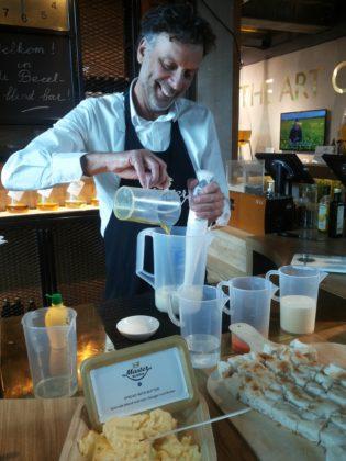 Productnieuws: 'Olie Blend Bar maakt natuurlijke karakter van margarine duidelijk'