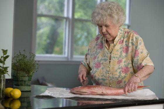 Eten van vis kan helpen tegen dementie