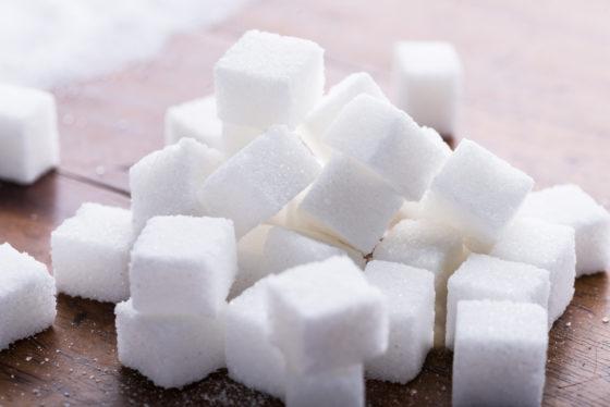 50 miljoen suikerklontjes per jaar door Sourcy Vitaminwater
