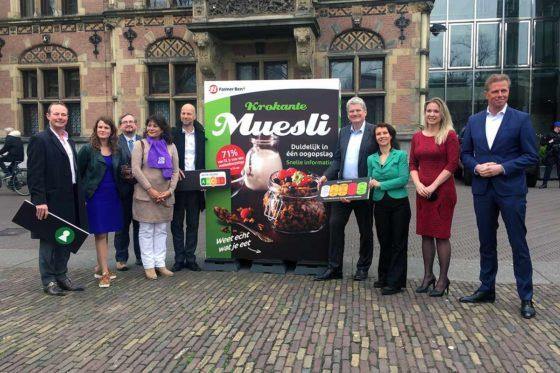 Consumentenbond  pleit via Tweede Kamer voor voedselkeuzelogo met kleuren