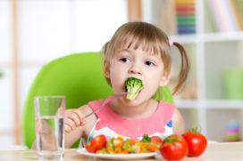 Meerdere groenten aanbieden helpt bij de acceptatie van groenten bij kinderen