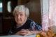 Vn7 k artikel 5 ouderen in de praktijk afbeelding 4 oudere dame credit dimaberkut 80x53