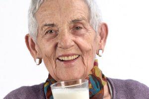 Ouderen hebben meer eiwit nodig voor behoud en opbouw van spierweefsel